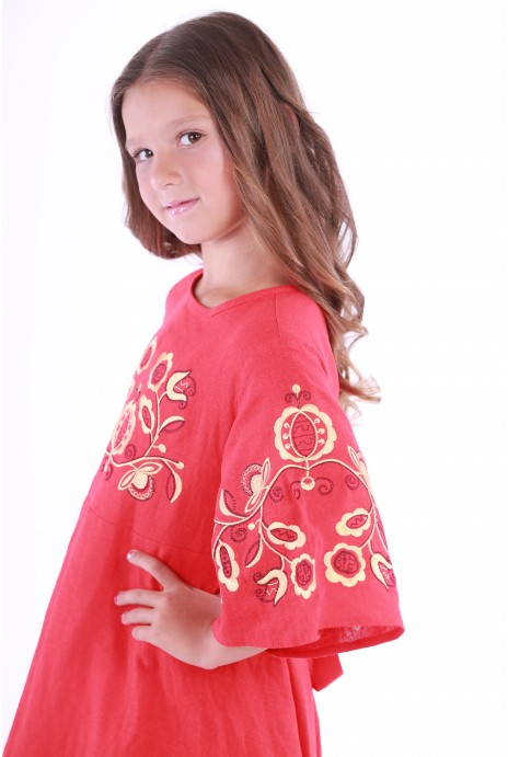 "Embroidered dress for girls ""Znahidka"" red"