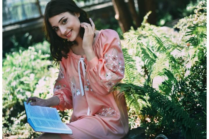 Лілія Яценко в ексклюзивному інтерв'ю для 2KOLYORY.
