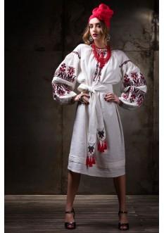 "Embroidered dress ""Beregynya"""
